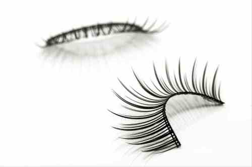 A photograph of a pair of false eyelashes with long lashes